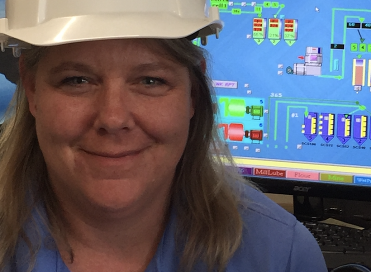Laura Miko has been a plant manager at U.S. Silica since 2009.